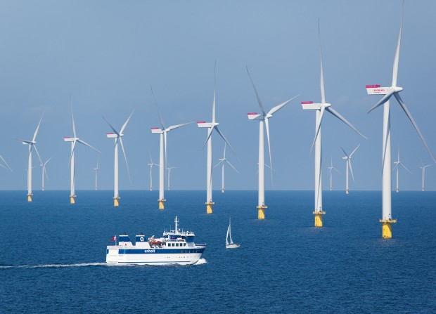 Offshore-Windkraftwerk Anholt im Kattegat / Anholt offshore wind power plant in the Kattegat