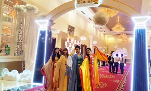 VIDEO: Đêm hội Cloud8 lần thứ 6-2016: Dạ tiệc Bàn Đào