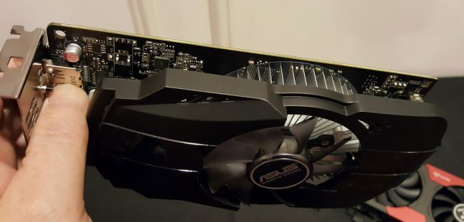 161011-nvidia-gtx-1050-hcm-asus-05