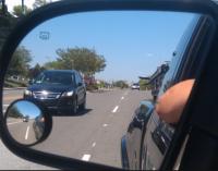 Điều chỉnh tầm nhìn cho gương chiếu hậu bên hông xe