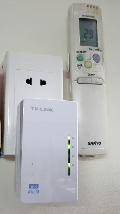 tp-link-powerline-extender-kt-wpa4220-15_resize