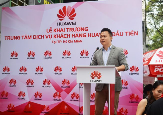 161105-huawei-services-centers-38_resize