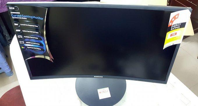Không Quantum Dot trên TV Samsung được thì Chấm lượng tử trên màn hinh Samsung vậy