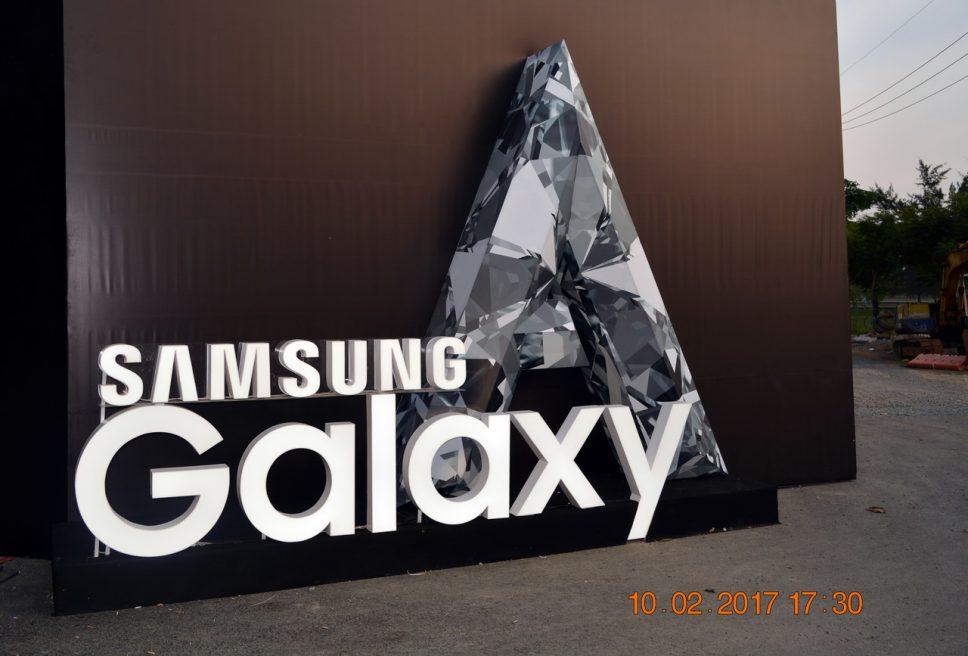Đêm A Night ra mắt smartphone Samsung Galaxy A7 (2017) và A5 (2017) tại TP.HCM