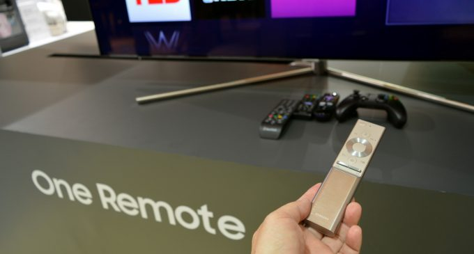 Chỉ còn 1 chiếc remote