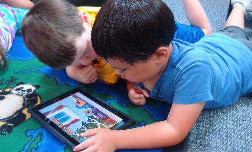 Giữ an toàn cho trẻ khi sử dụng iPhone, iPad