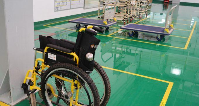 Xe chở hàng và xe lăn