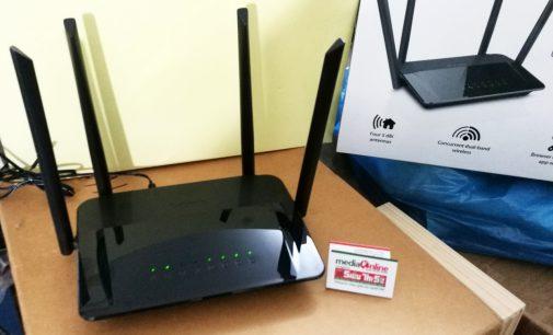 Làm quen với D-Link Wi-Fi Router AC1200 DIR-822