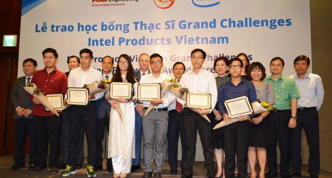 6 sinh viên Việt Nam được Nhà máy Intel Việt Nam trao học bổng thạc sĩ kỹ thuật tại Đại học Mỹ ASU