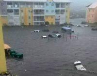 Bão Irma tàn phá 90% hòn đảo Barbuda với sức gió 185mph