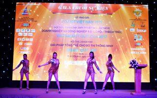 ALBUM: HCA trao giải thưởng Top ICT Việt Nam 2017