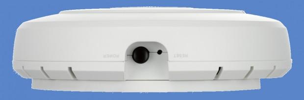 dlink-DWL-2600-02