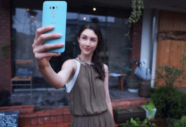 asus-zenfone-selfie-04
