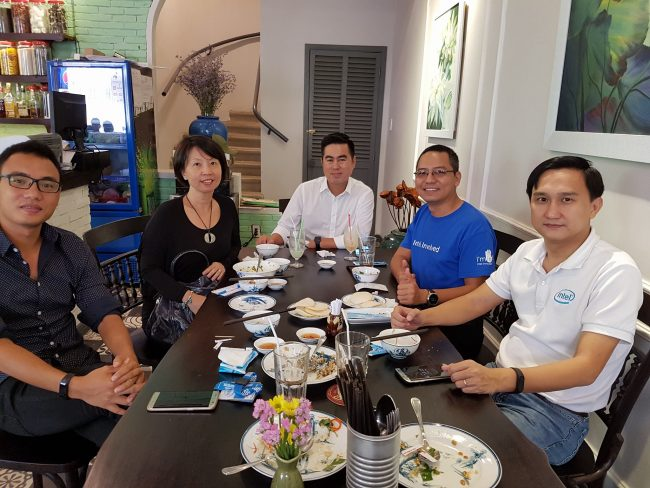 intel-vietnam-2016-phamanduong