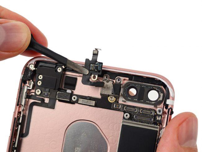 iphone-7-inside-05c