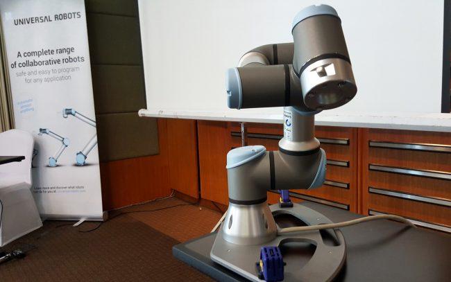 161006-universal-robots-002_resize