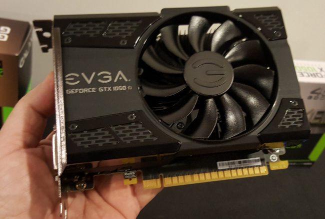 161011-nvidia-gtx-1050-hcm-evga-06