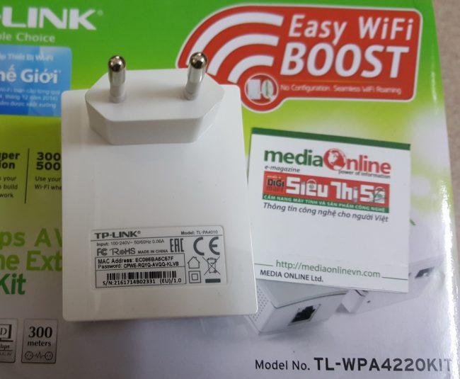 tp-link-powerline-extender-kt-wpa4220-02_resize