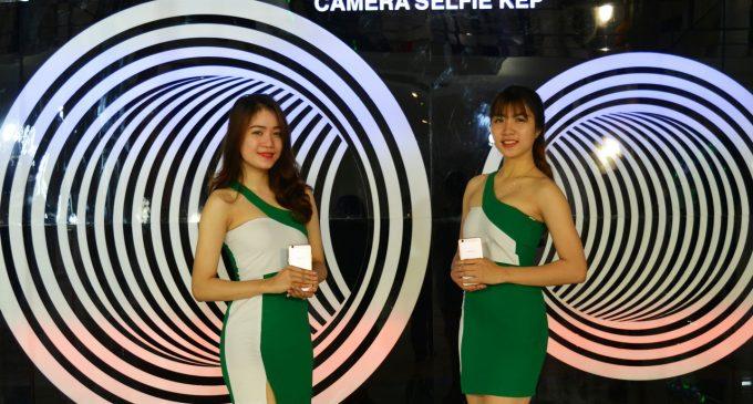 Smartphone Oppo F3 selfie với camera kép và góc rộng ra mắt ở Việt Nam
