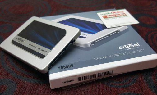 Ổ lưu trữ SSD 2.5 inch Crucial MX300 mỏng tanh nhẹ hều chạy nhanh