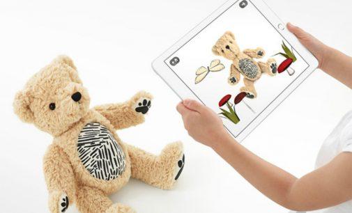 Parker, gấu bông ứng dụng AR của Seedling