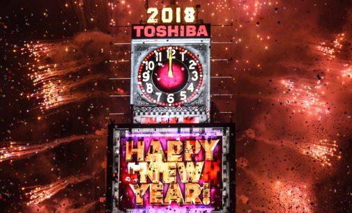 VIDEO: Giờ khắc Giao thừa Năm mới 2018 tại Times Square (New York)