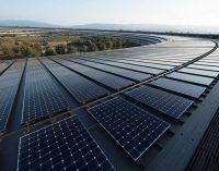 Toàn bộ các tòa nhà của Apple trên thế giới đều hoàn toàn dùng năng lượng sạch và xanh