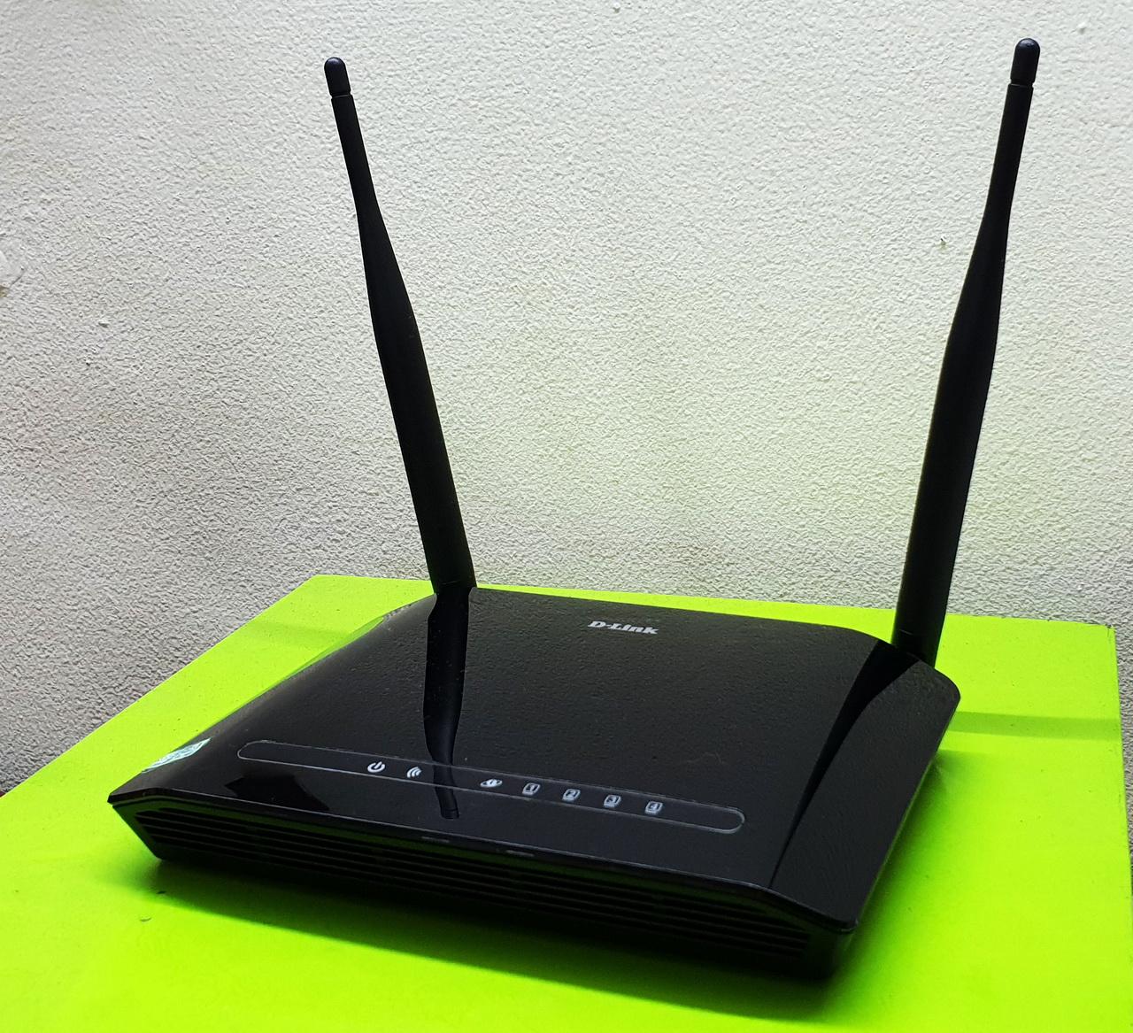 D-Link DIR-612, Wi-Fi router cho người dùng rộng rãi | MediaOnline