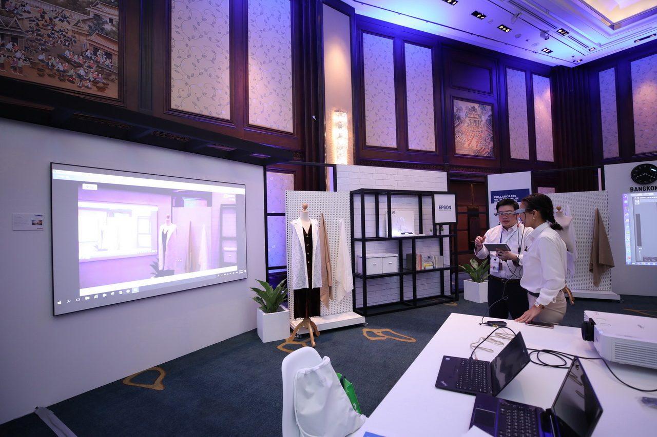 Epson trình diễn công nghệ máy chiếu laser tiên tiến tại Bangkok - 252242