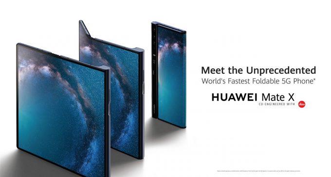 Chiếc smartphone gập Huawei Mate X với 3 màn hình