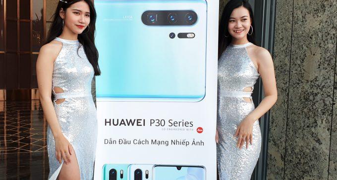 Bộ 3 smartphone Huawei P30 series bán tại Việt Nam cao nhất là 22,9 triệu đồng