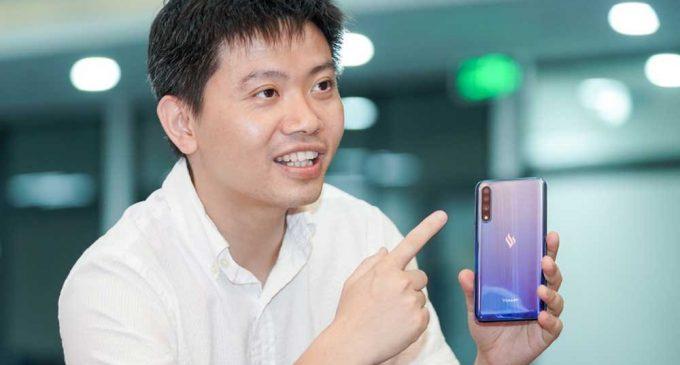 VinSmart giải thích về nghi vấn chung quanh thiết kế của smartphone Vsmart Live