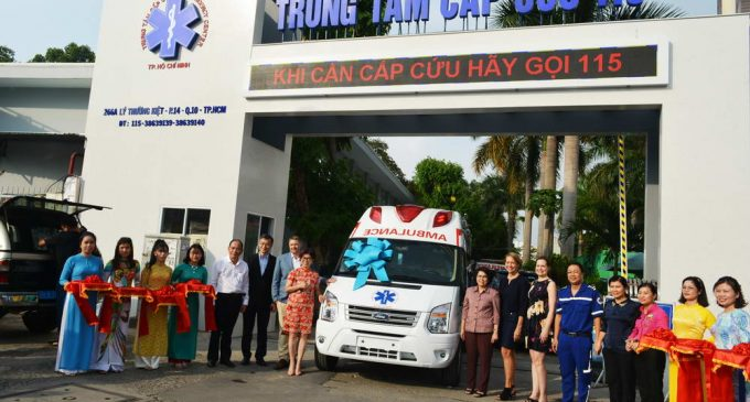 AmCham Việt Nam và Công ty Intel Products Việt Nam trao tặng xe cứu thương cho Trung tâm Cấp cứu 115 TP.HCM
