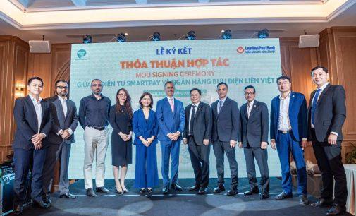 Ví điện tử SmartPay hợp tác với Lien Viet Post Bank mở rộng thanh toán không dùng tiền mặt