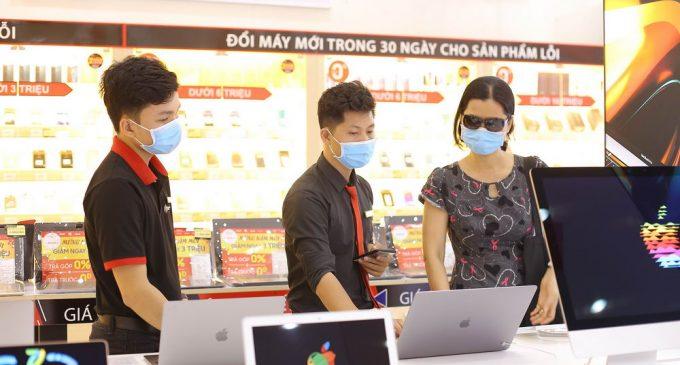 Laptop tại FPT Shop được giảm giá đến 3 triệu đồng
