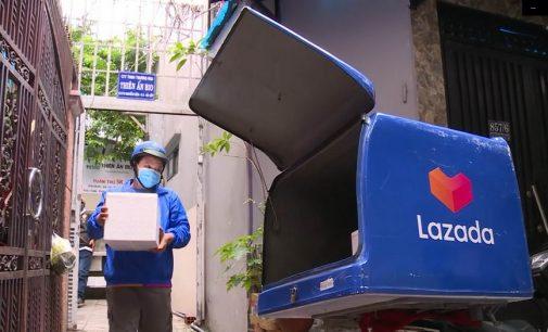 Lazada miễn phí vận chuyển cho các đơn hàng thiết yếu tại TP.HCM trong thời gian giãn cách chống dịch